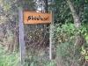 skovhuset-01-skilt-ved-vejen