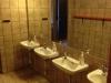 skovhuset-36-drenge-badevaerelse-set-fra-mellemgang